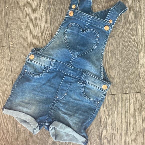 H&M toddler girl denim short overalls 2T